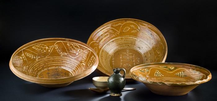(Slovenski) Razstava Spominjamo se Lubenskih čpinarjov – Ljubenski lončarji in njihov izdelki
