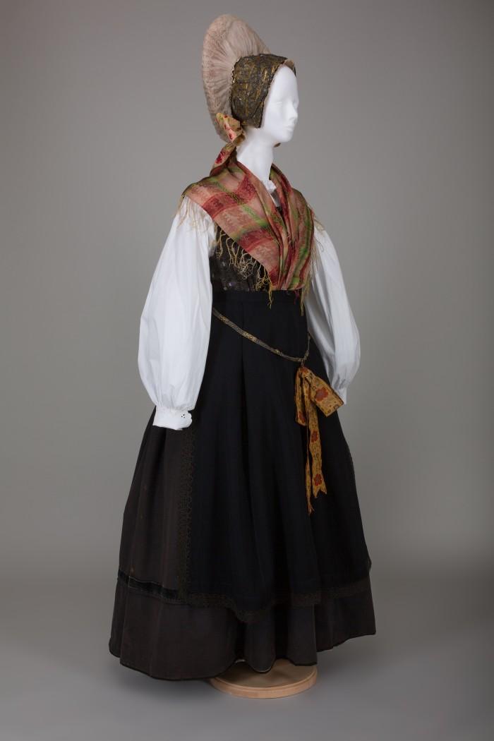 Odprtje razstave Ko je obleka naredila človeka
