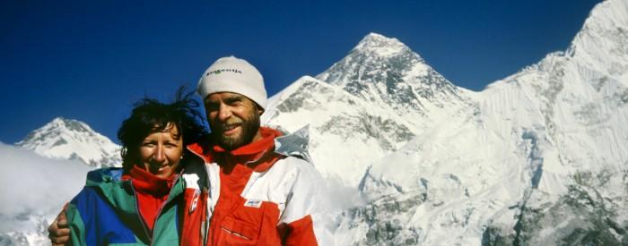 (Slovenski) Razstava Polnost življenja – 25 let vzpona na Everest zakoncev Štremfelj