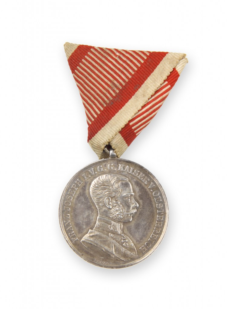 Srebrna medalja za hrabrost 1 stopnje velika srebrna A