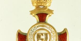 Zlati zaslužni križec s krono 1
