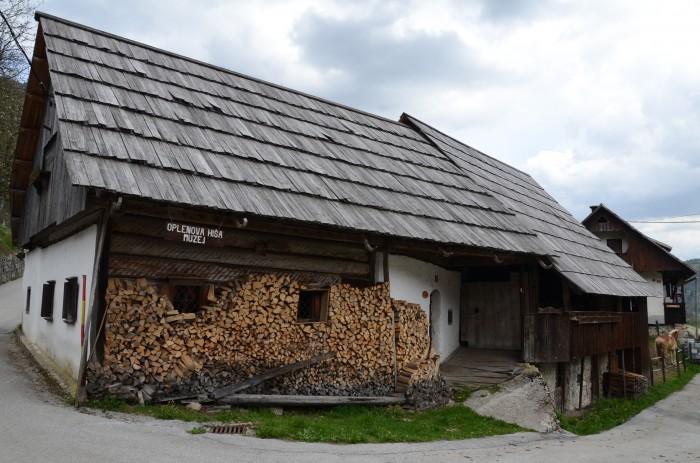 25 let Oplenove hiše pod Studorjem