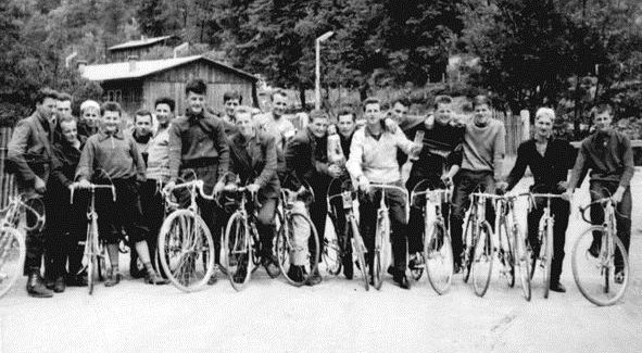 (Slovenski) S požtrvovalnostjo in predanostjo do prvega kolesarskega kluba na Gorenjskem – 60 let KK Kranj
