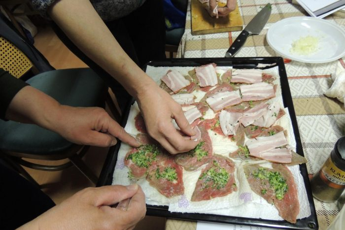 Predstavitev študijskega krožka Poskusimo kuhati po Vodnikovo