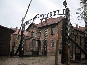Predavanje Judovska identiteta, njihove preganjanje in holokavst @ Zoom predavanje